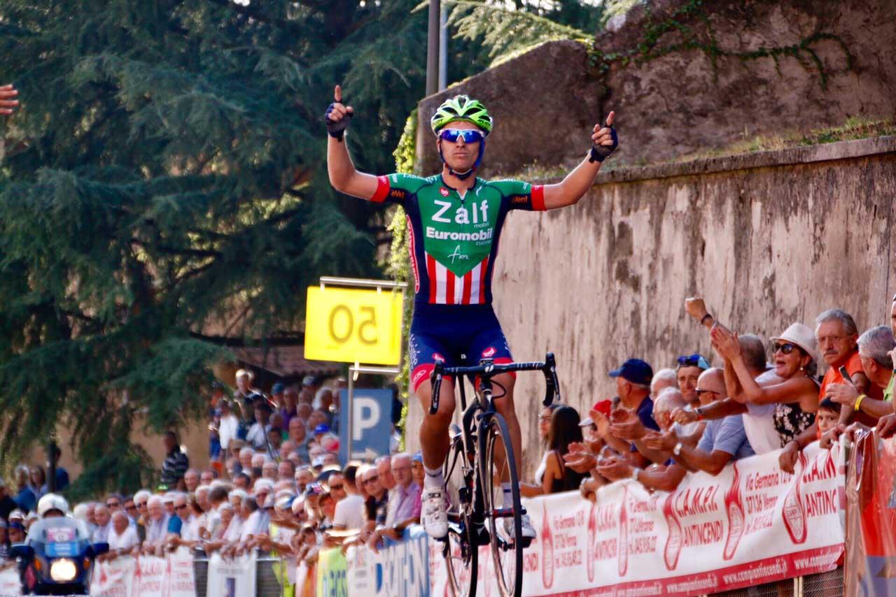 La vittoria di Nicolò Rocchi al Gp San Luigi di Sona