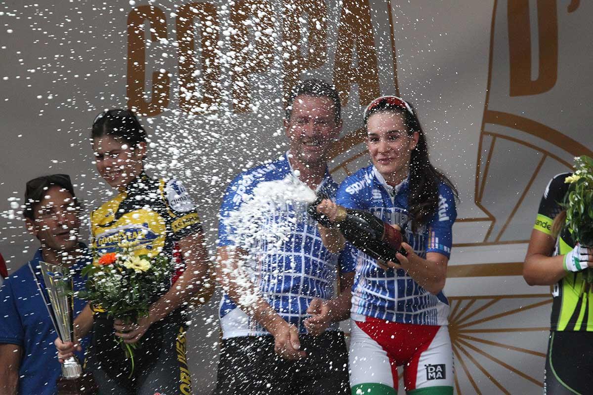 Francesca Barale festeggia con il direttore sportivo Marco Padovan