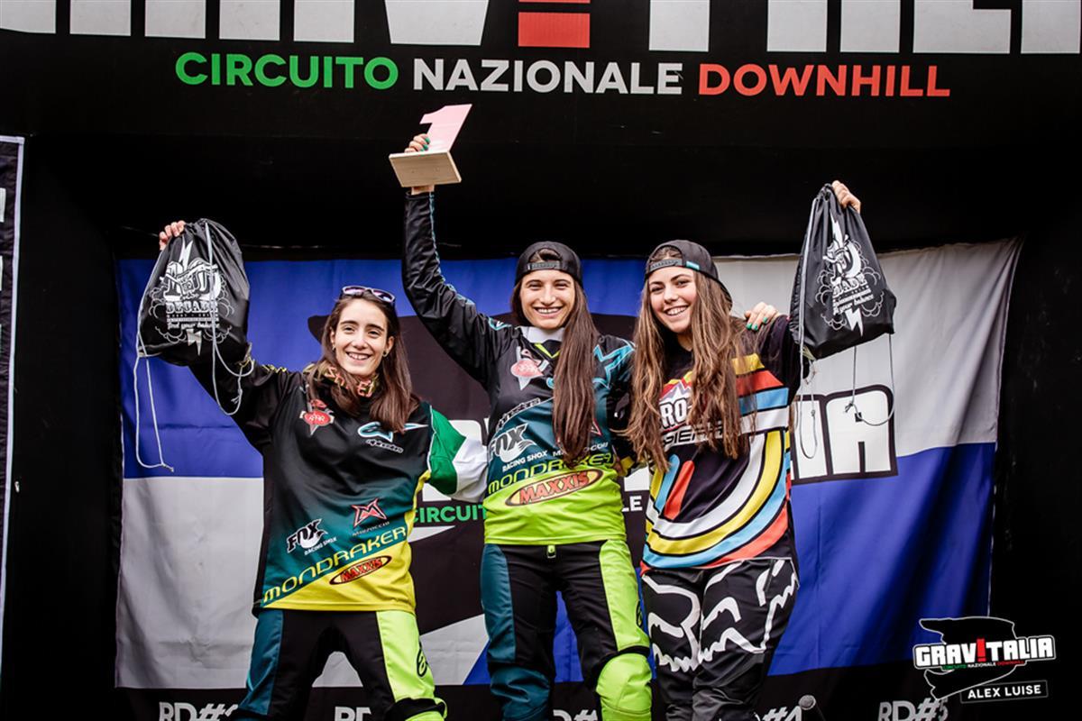 Il podio femminile finale di Gravitalia 2017