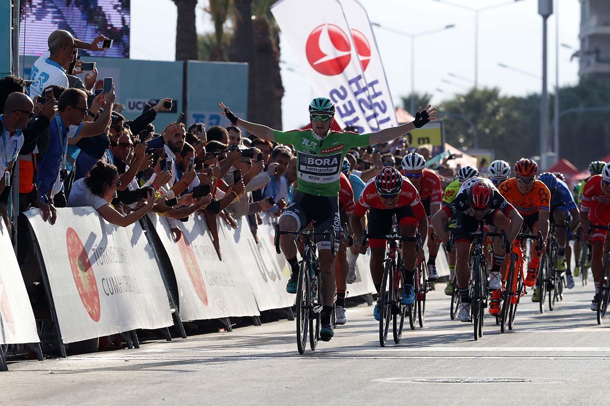 Sam Bennett vince la quinta tappa del Giro di Turchia 2017
