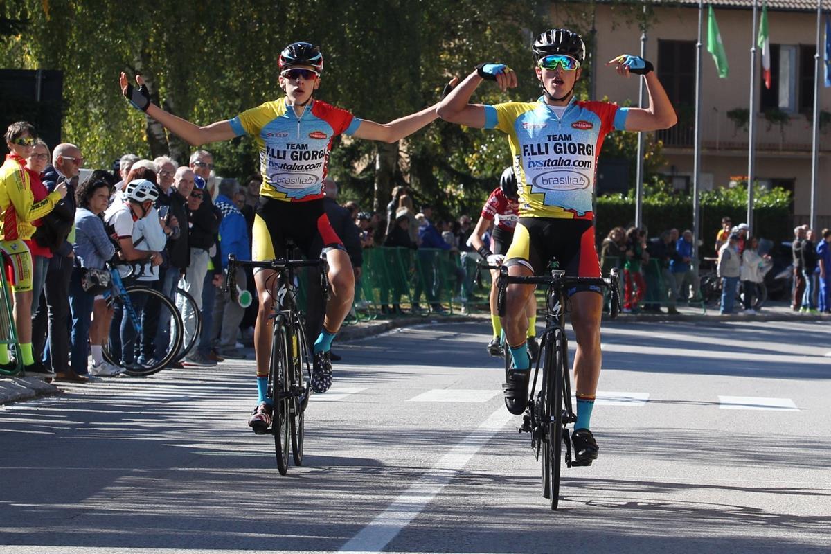 Alessio Martinelli e Nicola Plebani in parata nella Como-Ghisallo