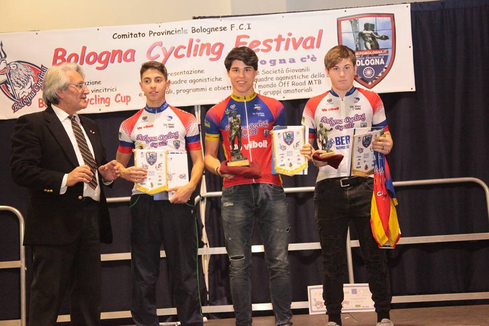 Guarniero, Gozzi e Varolo premiati per la vittoria nella Bologna Cycling Cup