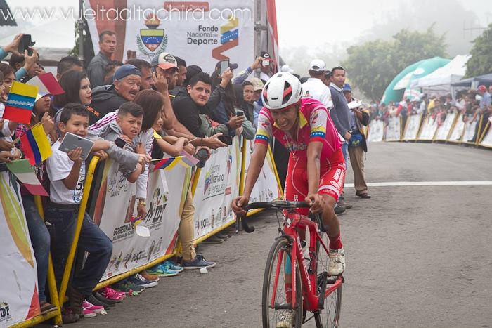 Ivan Sosa vince la quarta tappa della Vuelta al Tachira