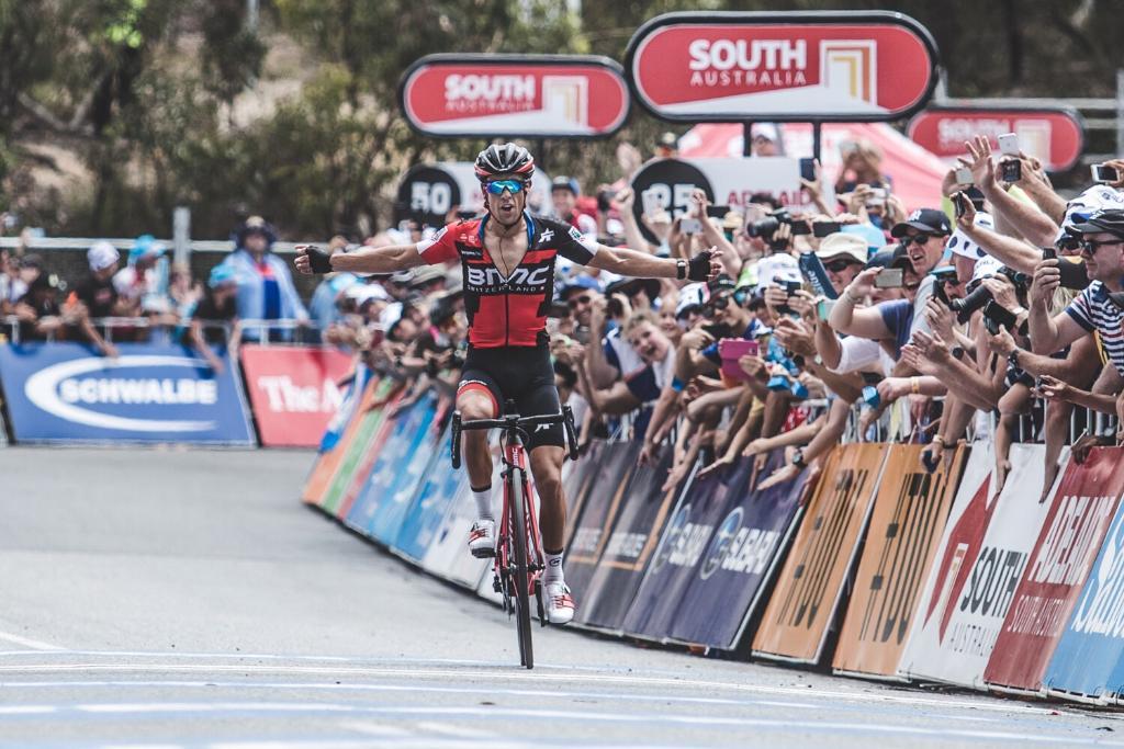 Richie Porte vince la quinta tappa del Tour Down Under 2018 a Willunga Hill