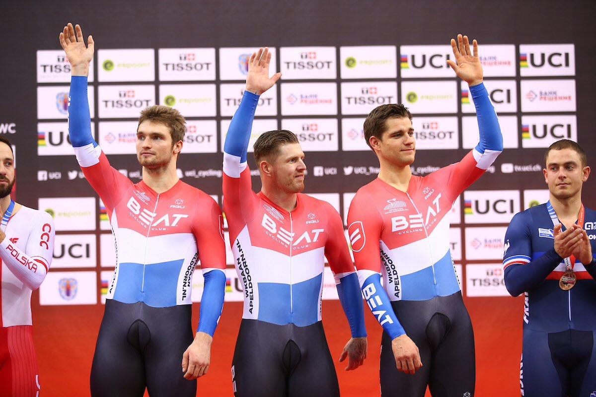 Gli olandesi delBeat Cycling Club, Roy Van Den Berg, Matthijs Buchli e Theo Bos hanno vinto la Velocità a squadre a Minsk