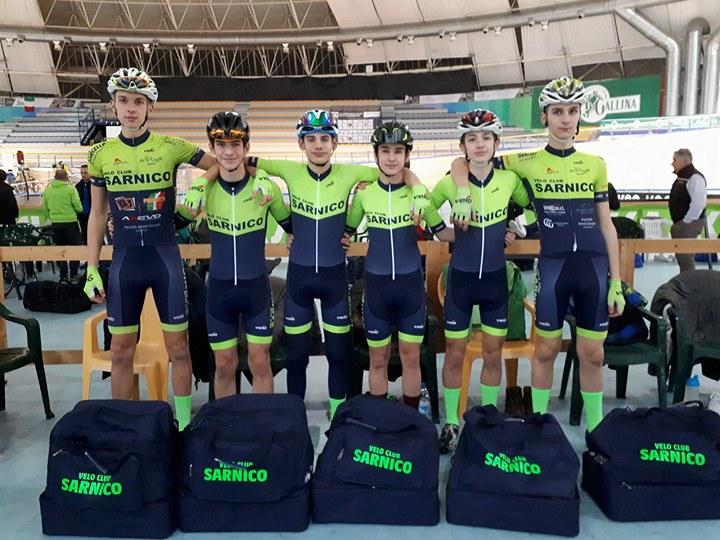 La squadra Allievi 2018 del Velo Club Sarnico
