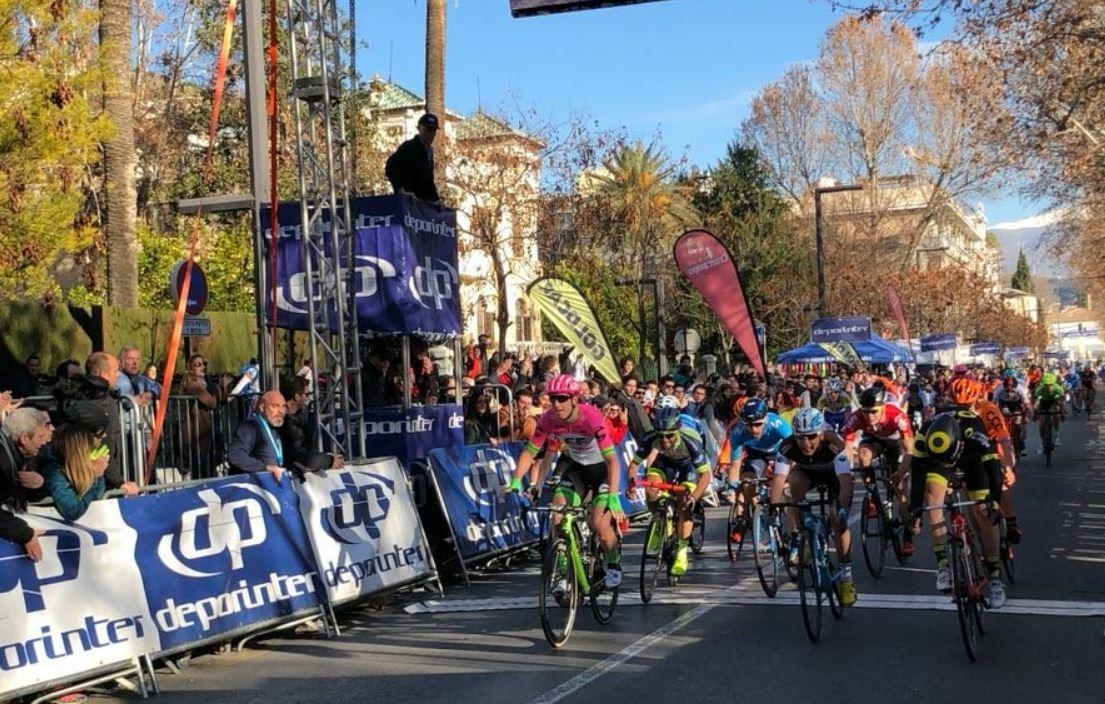 Lo sprint trilling che ha deciso la prima tappa della Vuelta a Andalucia 2018
