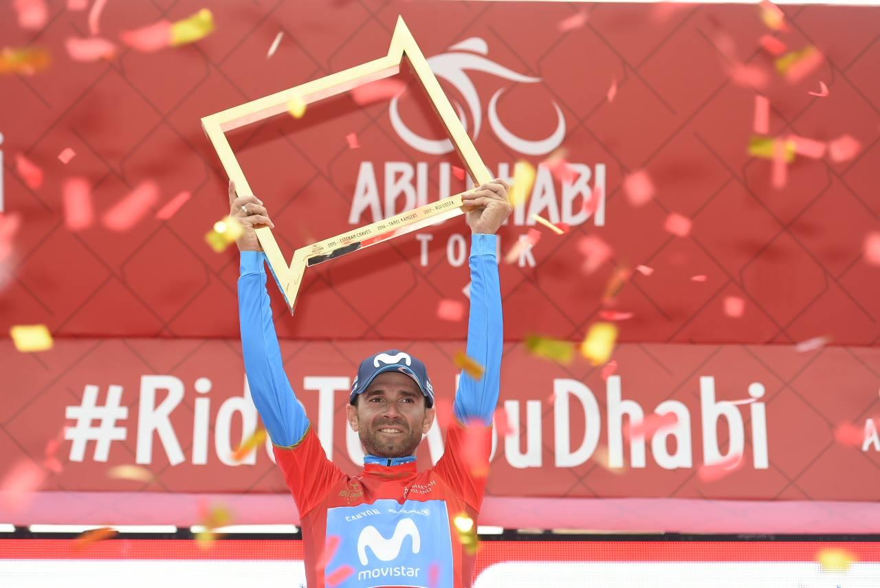 Alejandro Valverde festeggia la vittoria dell'Abu Dhabi Tour 2018