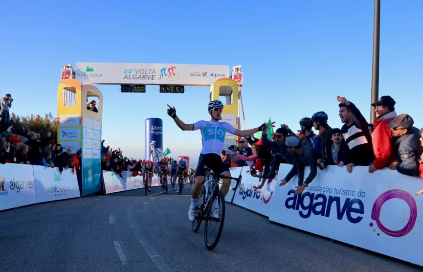 Michal Kwiatkowski vince la seconda tappa della Volta ao Algarve
