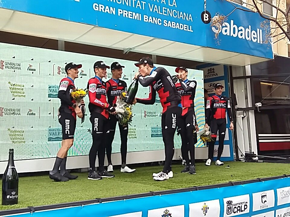 La BMC Racing Team vince la cronosquadre della Volta Valenciana 2018