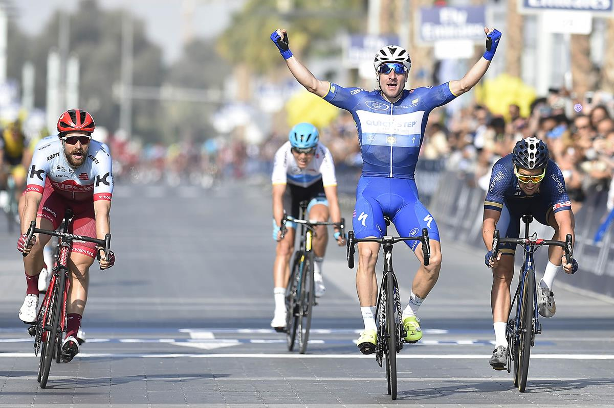 Elia Viviani vince l'ultima tappa del Dubai Tour 2018