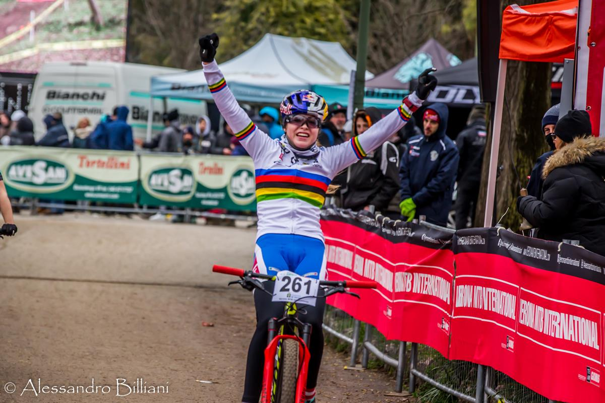 L'iridata Junior Laura Stigger vince la Verona MTB International 2018