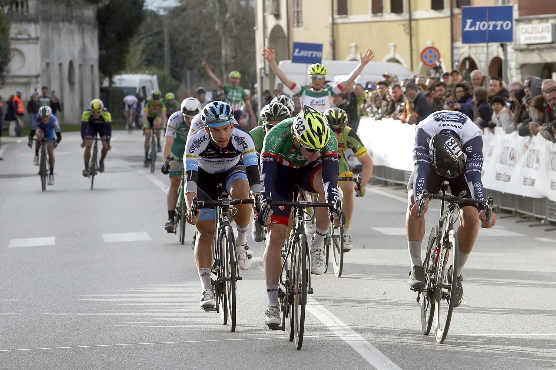 Alberto Dainese vince il Memorial Mantovani a Castel d'Ario