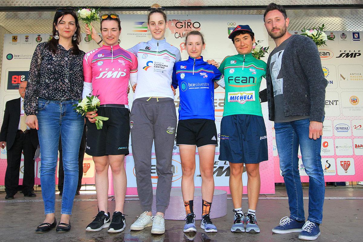 Le maglie dopo la prima prova del Giro della Campania in Rosa