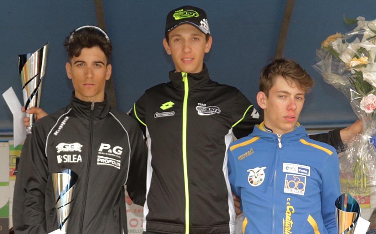 Il podio della gara Juniores di Borgomanero