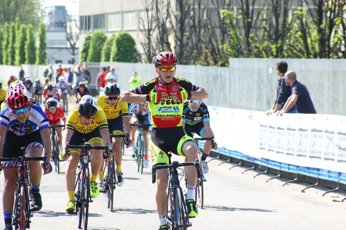 Luca Rezzaghi vince a Pessano con Bornago