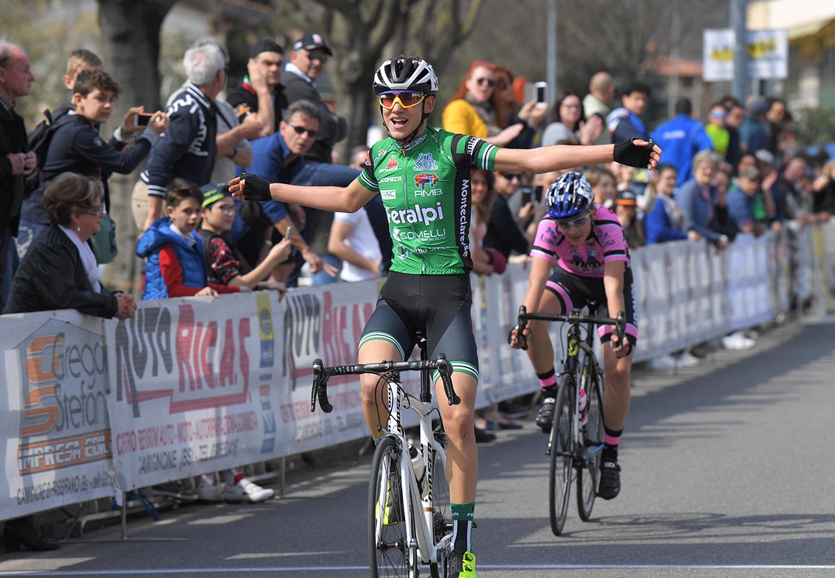 Myles Corey Porcelli vince a Camignone