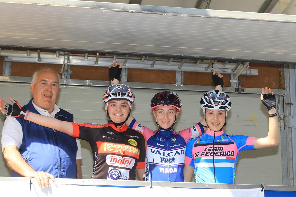 Il podio della gara Donne Esordienti di Podenzano