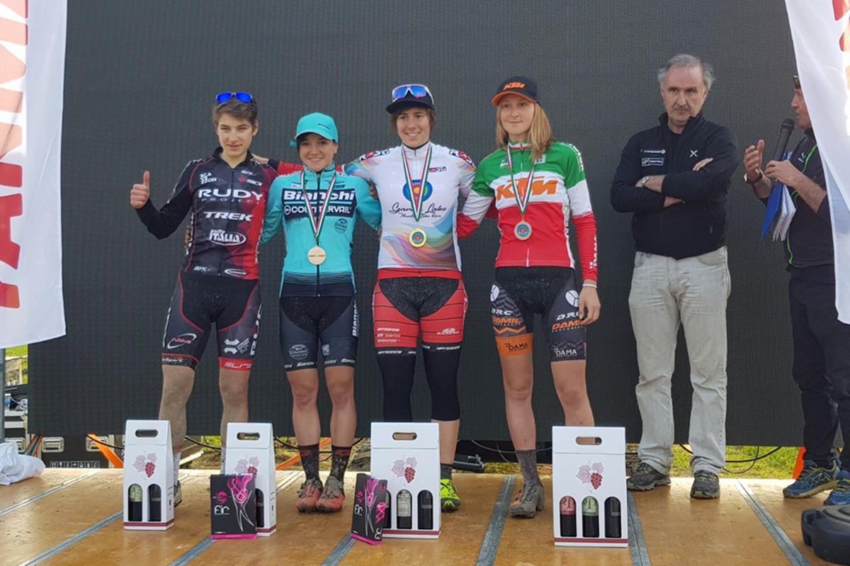 Il podio femminile della prima prova della Garda Lake MTB XCS