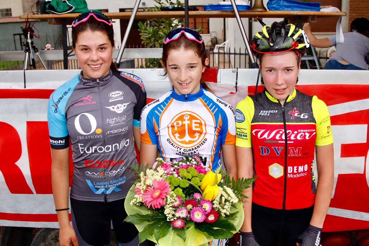 Il podio della gara Donne Esordienti di Bovolone