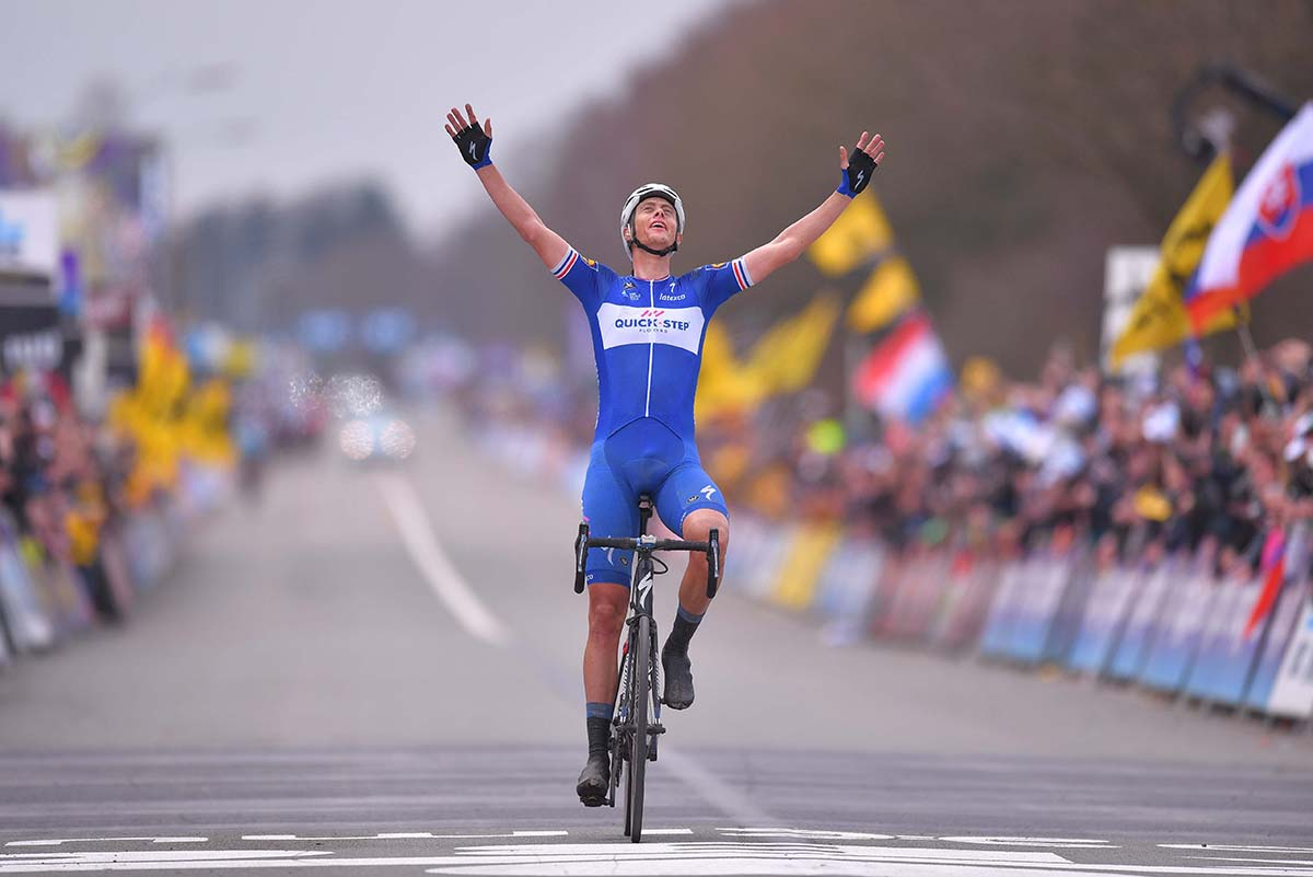 Niki Terpstra vince il Giro delle Fiandre 2018