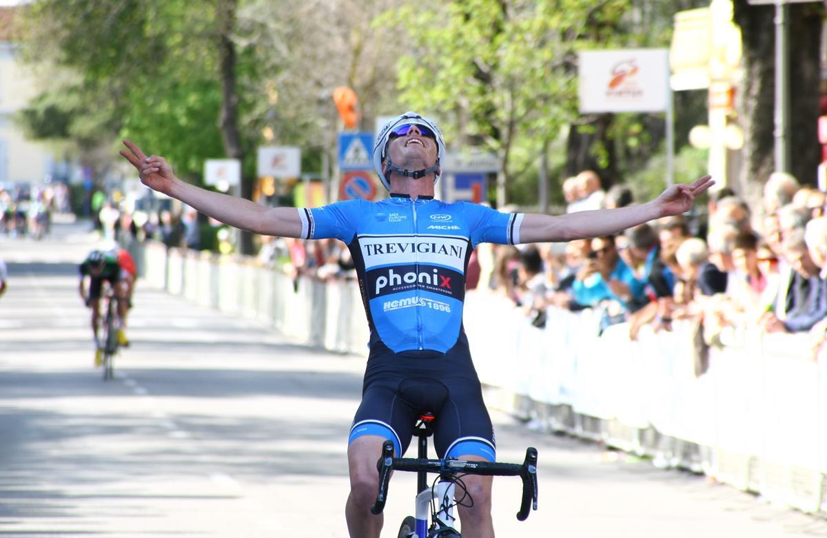 La vittoria di Alessandro Fedeli al Trofeo Edil C di Collecchio