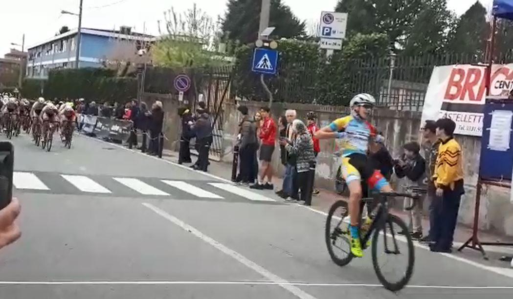 Alessandro Belussi guida il dominio del Team Giorgi a Castelletto Ticino