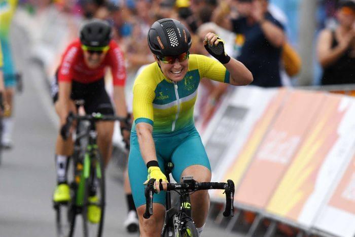 Chloe Hosking vince la prova in linea dei Giochi del Commonwealth