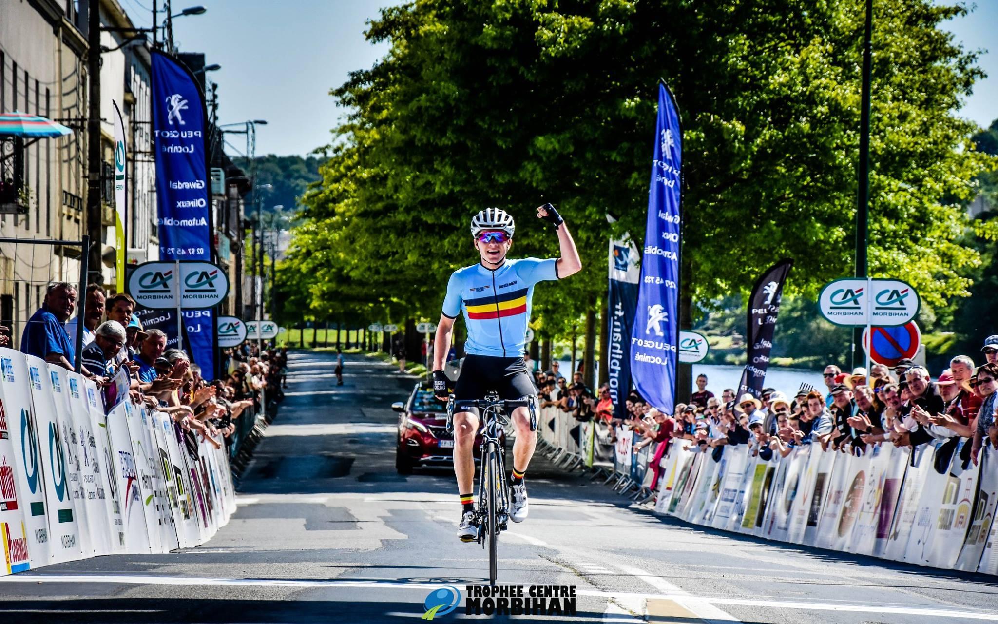 Remco Evenepoel vince la prima tappa delTrophée Centre Morbihan