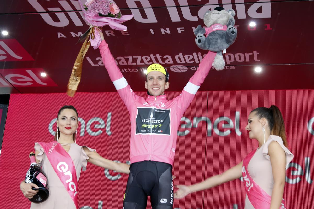 Simon Yates confermata maglia rosa al Giro d'Italia 2018