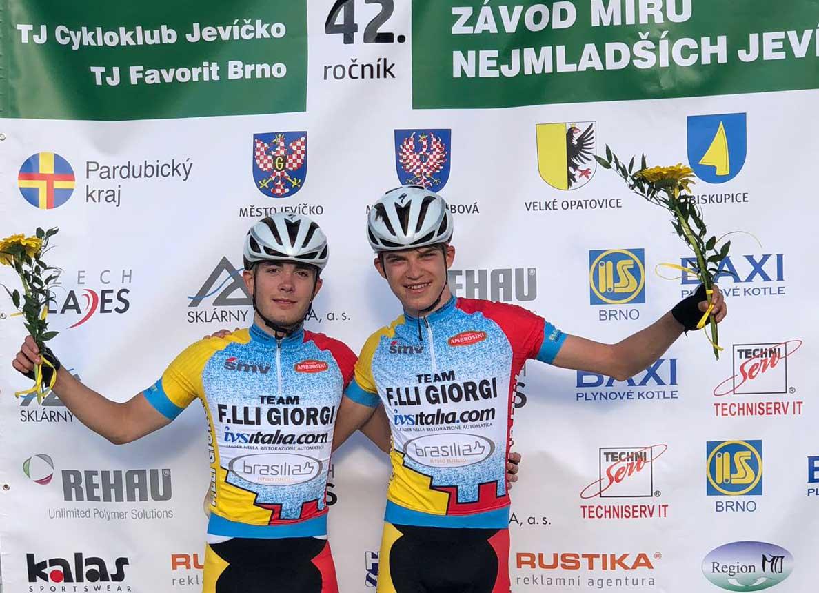 Mathias Vacek e Giorgio Cometti primo e secondo classificato nella seconda tappa della Závod míru nejmladších 2018