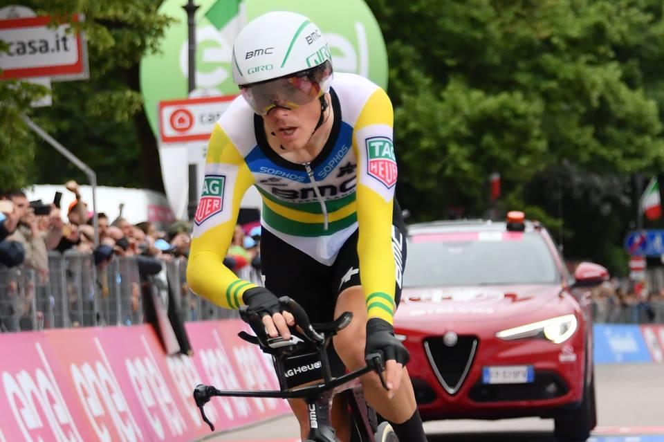 Rohan Dennis vince la crono Trento-Rovereto del Giro 101