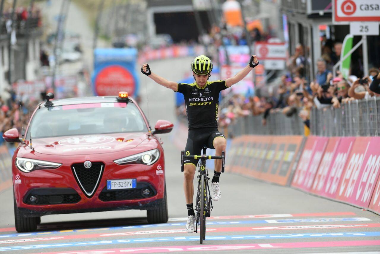 Mikel Nieve vince la ventesima tappa del Giro d'Italia 2018