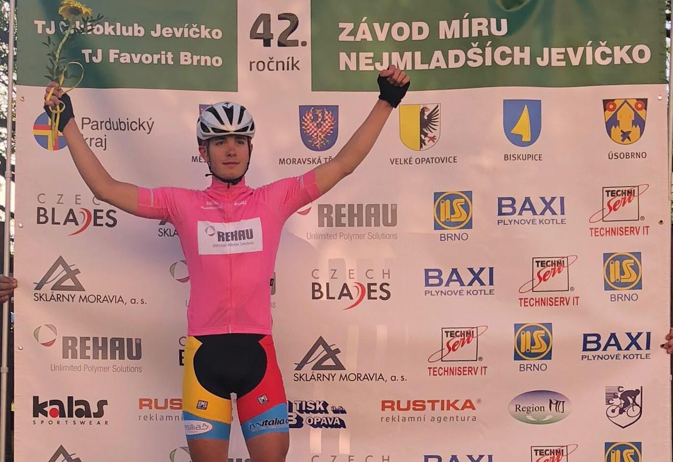 Giorgio Cometti vince la quarta tappa della 42/a Závod míru nejmladších
