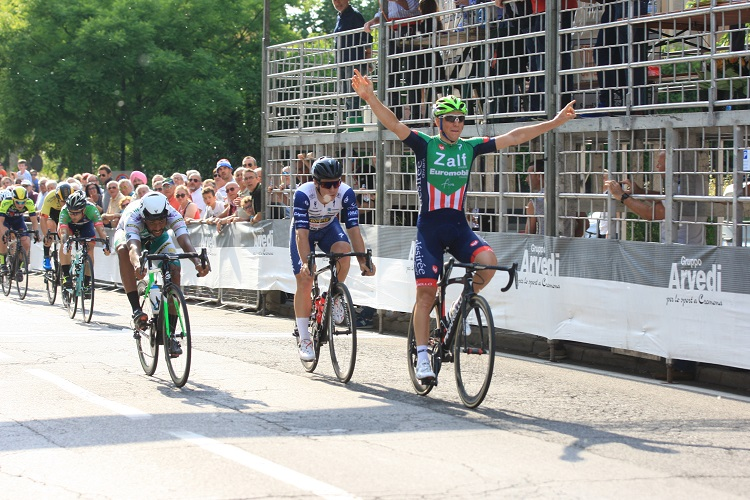 Giovanni Lonardi vince il 52° Circuito del Porto