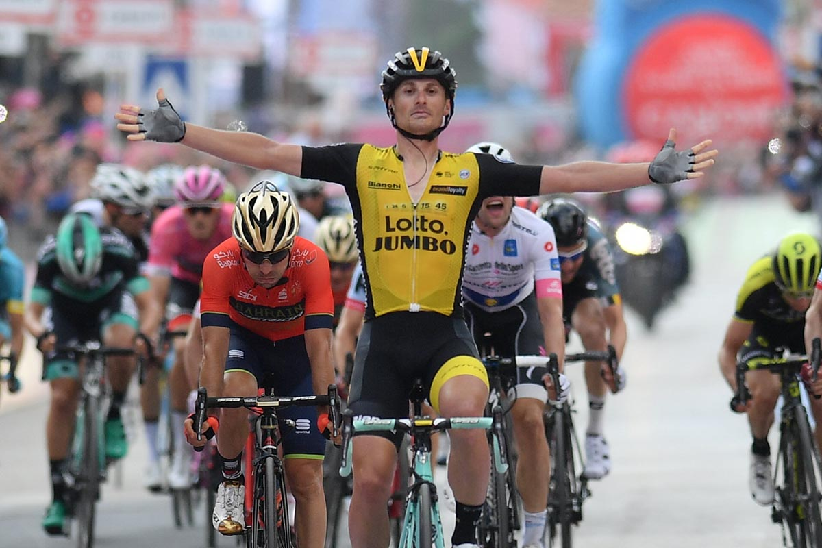 Enrico Battaglin vince la quinta tappa del Giro d'Italia