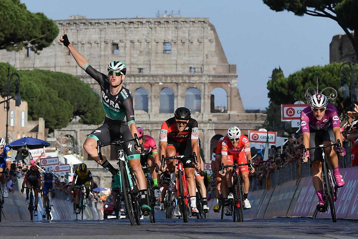 Sam Bennett vince a Roma l'ultima tappa del Giro d'Italia 2018