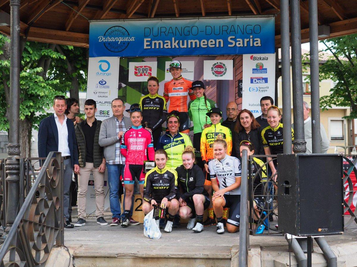 Il podio completo della Durango-Durango Emakumeen Saria 2018