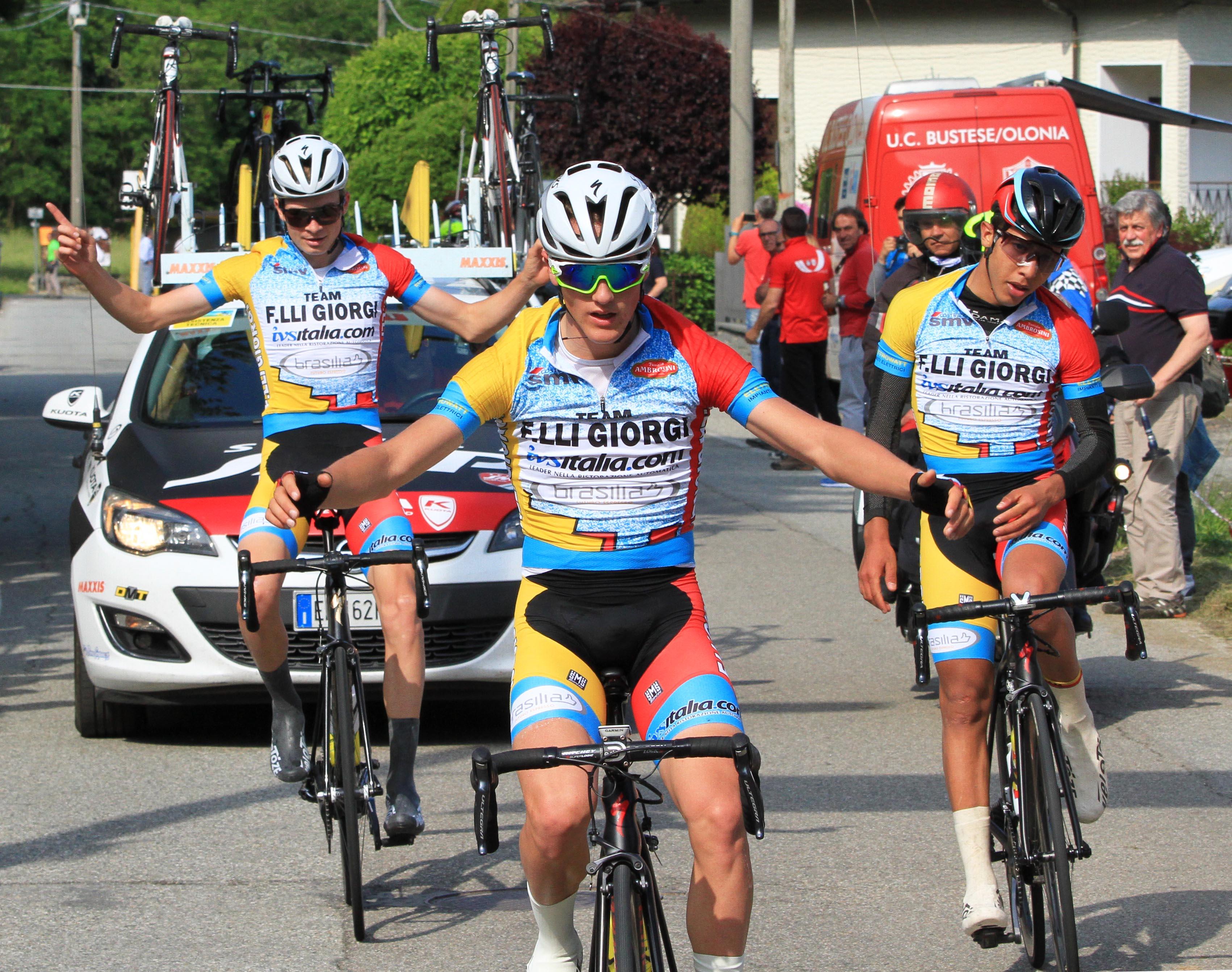 La tripletta del Team Giorgi a Calea con Martinelli, Sekkak e Vacek
