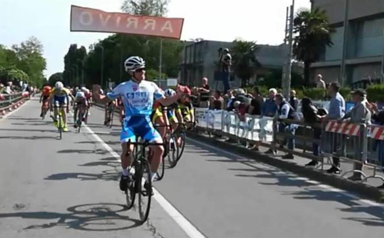 Davide Persico vince a Corbetta