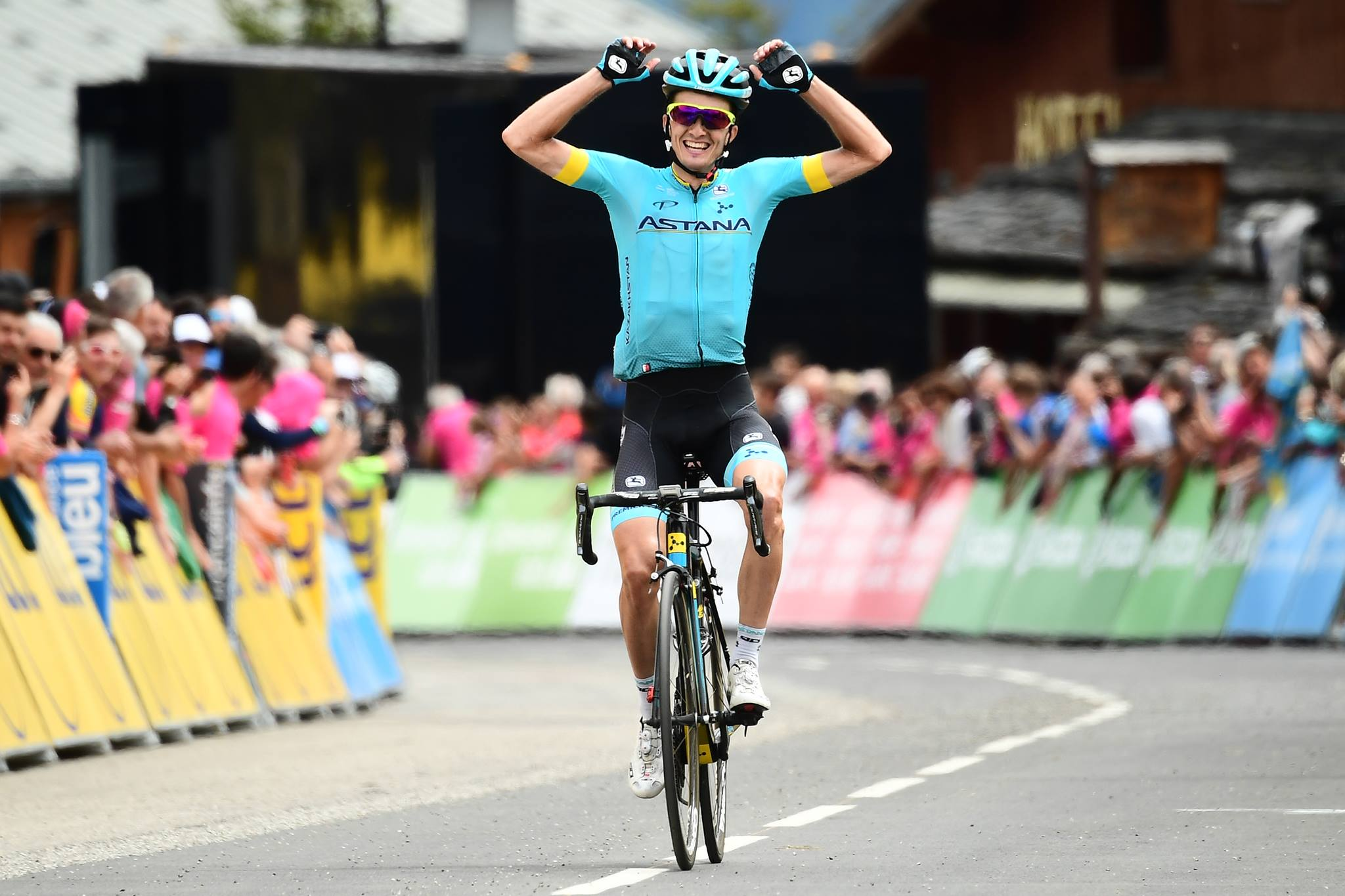 Pello Bilbao vince la sesta tappa del Critérium du Dauphiné 2018