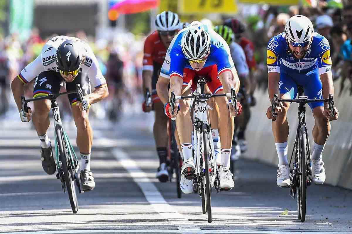 Arnaud Démare vincitore dell'ottava tappa del Tour de Suisse 2018
