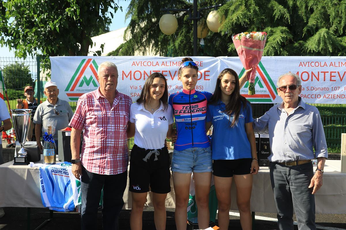 Il podio Donne Allieve della crono di Ospitaletto vinta da Noemi Lucrezia Eremita
