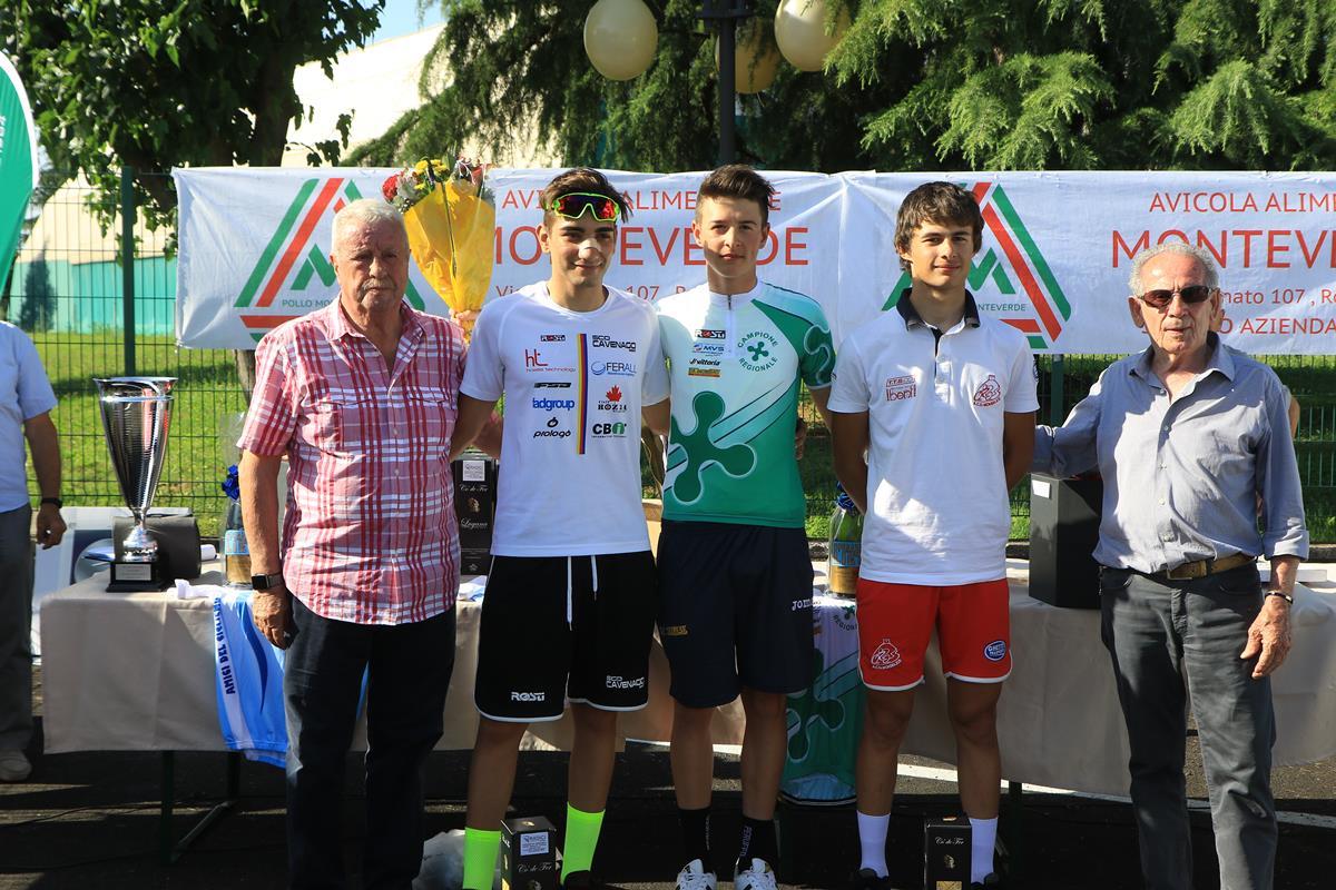 Il podio Allievi della crono di Ospitaletto vinta da Christian Bagatin