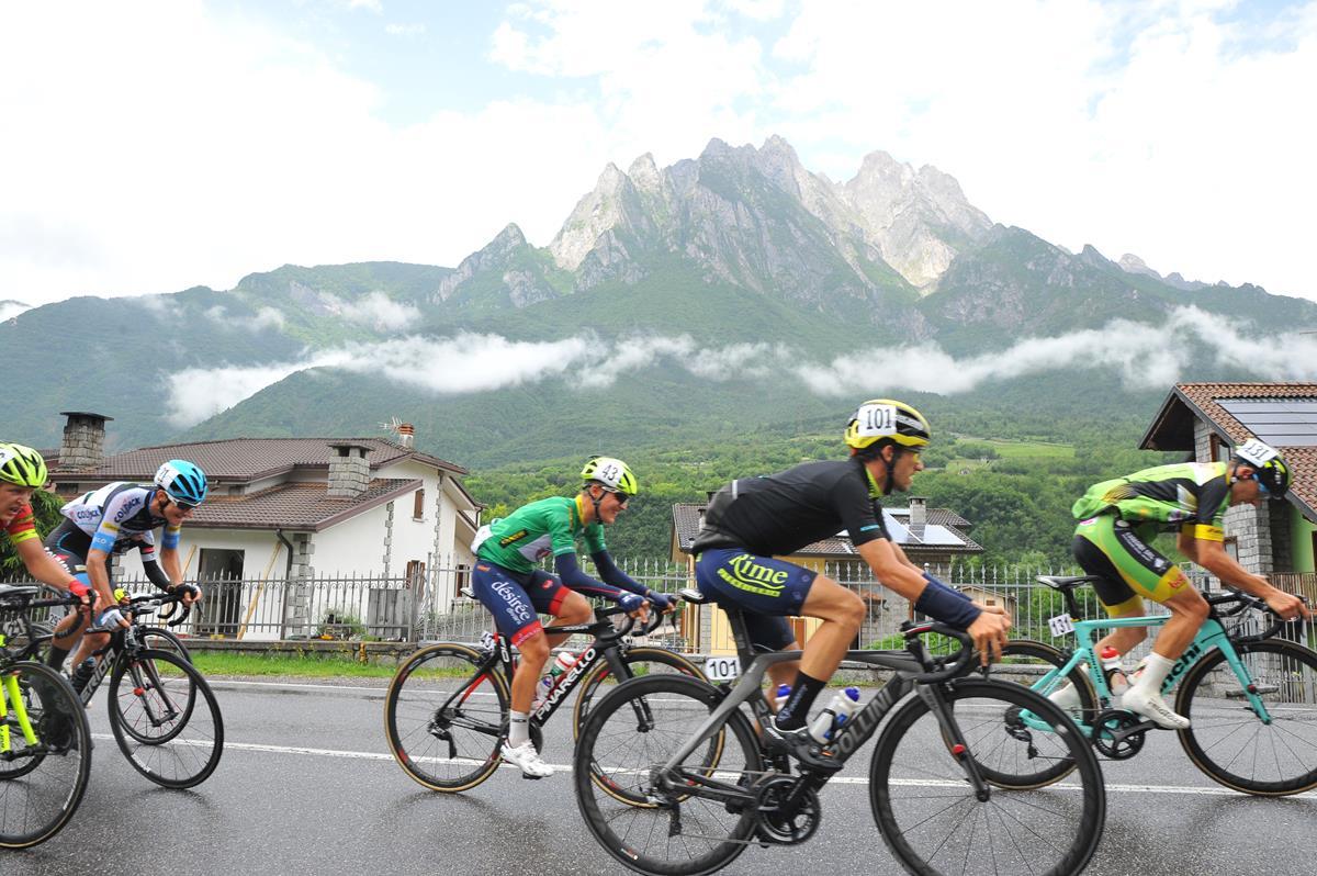 Le montagne trentine hanno fatto da scenario alla quinta tappa del Giro U23