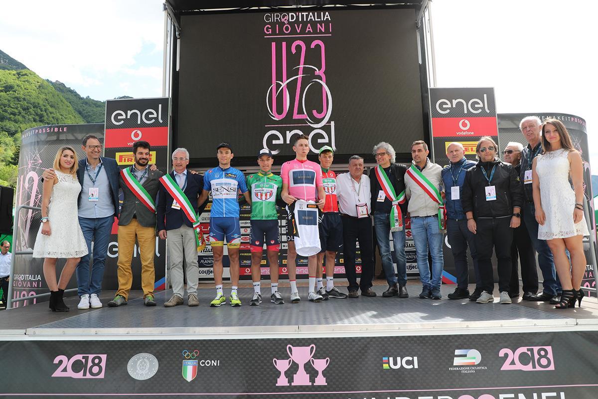 Le maglie del Giro d'Italia Under 23 dopo la settima tappa