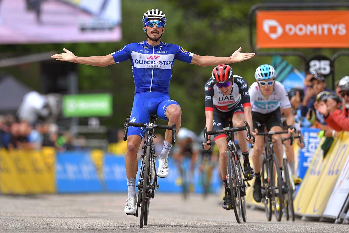 Julian Alaphilippe vince la quarta tappa del Critérium du Dauphiné 2018