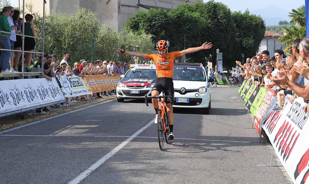 Christian Proserpio vince a Puegnago del Garda