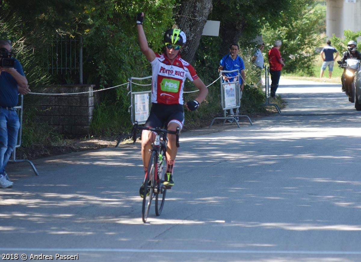 Davide Spadaccia vince a Mocaiana di Gubbio