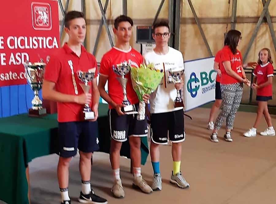 Il podio della gara Allievi di Gessate